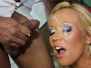 Austin Taylor India Summer Blacks On Cougars
