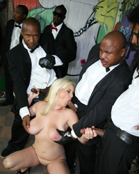 Cindee Blacks On Blondes Dp