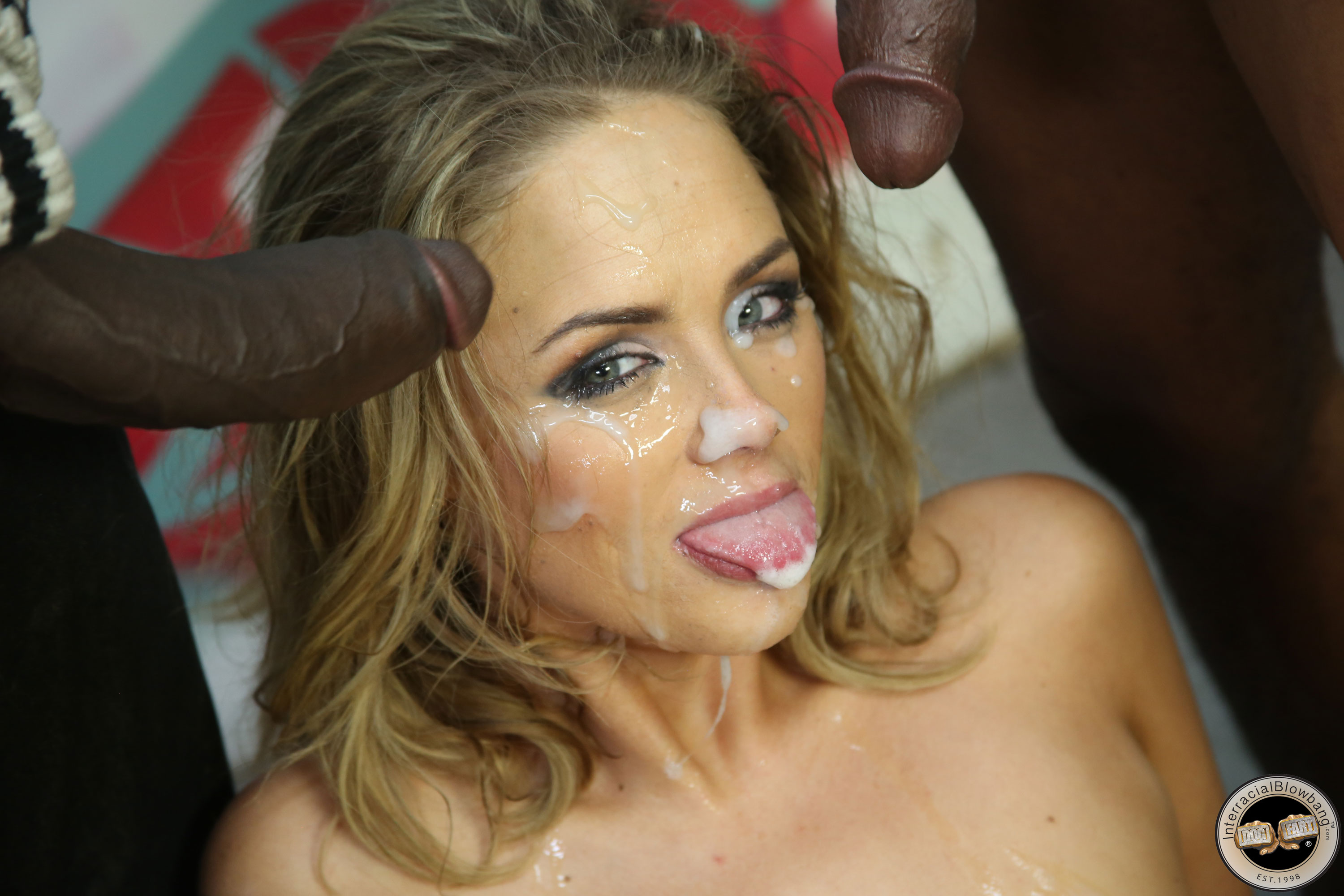 Love free bukkake facial videos need beautiful girl