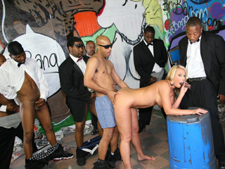 Melanie Monroe Suck Black Dick